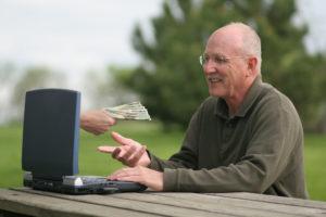 Бизнес на пенсии: лучшие идеи для заработка дома, в интернете и на даче