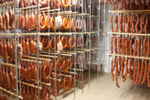 Бизнес идея: Как открыть колбасный цех?